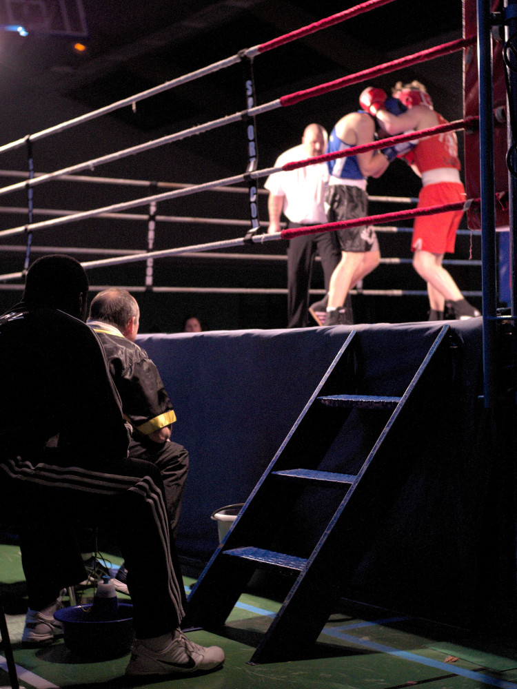 BOXE-Au-pied-du-ring-CC-BY-Stephane-Dalmard.jpg